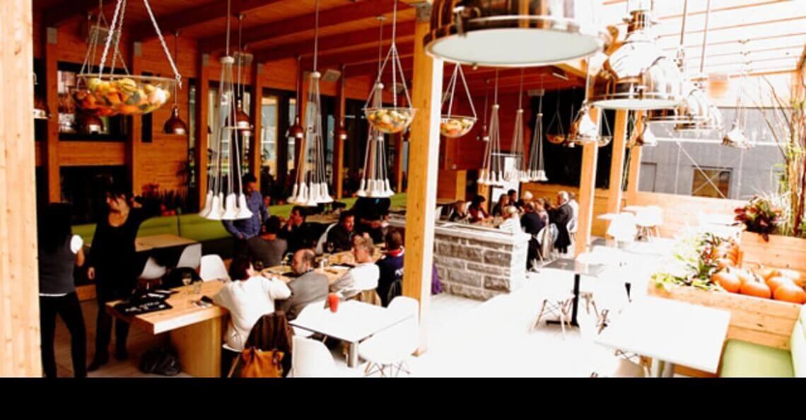 Terrasse du restaurant Le Cosmos, Québec